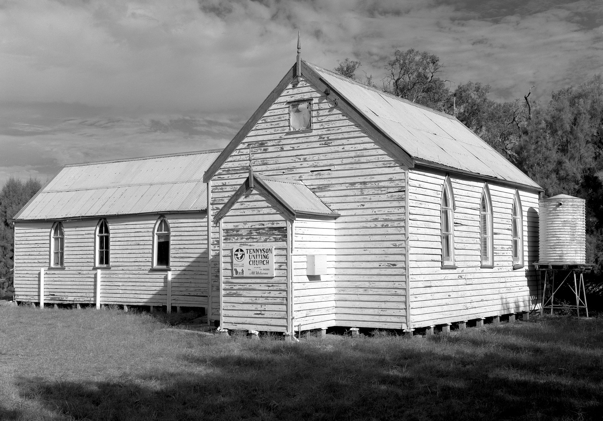 110011_Tennyson_Uniting_Church_FP4_150_Orange_Filter_1-30_f22_004_web.jpg