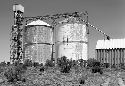 110001_Merrinee_Wheat_Silos_Fujinon_150_FP4+_Polariser_15_F22_22mm_Rise_003_Web.jpg